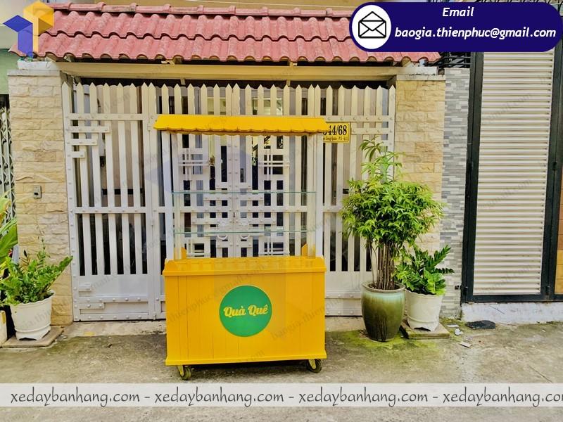 tủ gỗ bán đồ ăn vặt lưu động